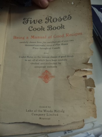 Image for Five Roses Cook Book Being a Manual of Good Recipes Carefully Chosen from the Contributions of Over Two Thousand Successful Users of Five Roses Flour Throughout Canada